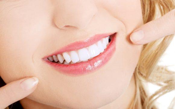 Протезирование зубов на имплантах в Москве